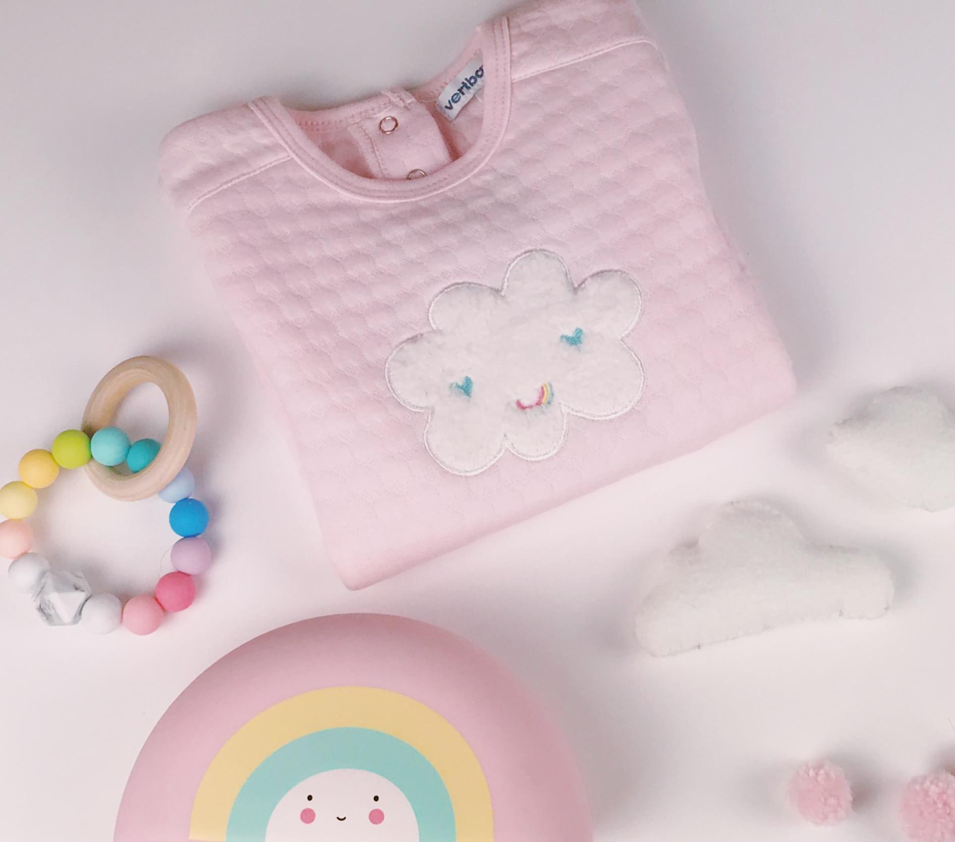 Wolkenliebe Babyzimmerdekoration