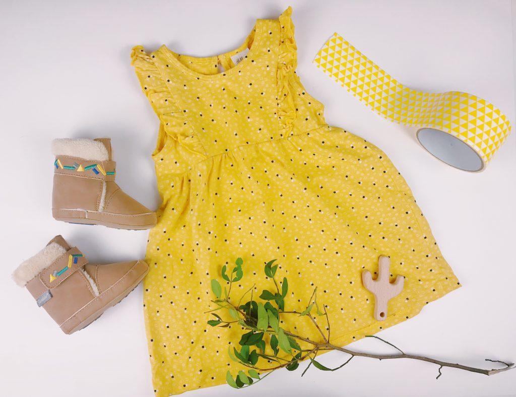 Babykleid in gelb: Hallo Sonnenschein! graphic