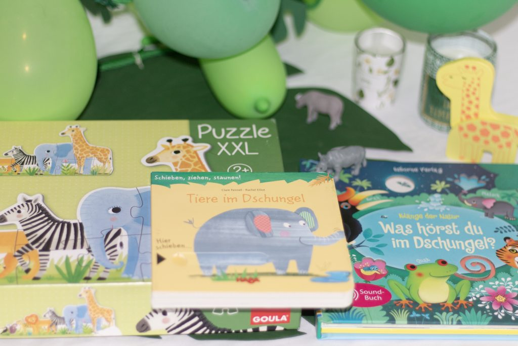 Safari Puzzle und Bücher passend zur Dschungelparty